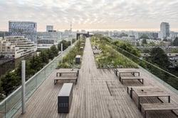 Terrasse en bambou tout en longueur