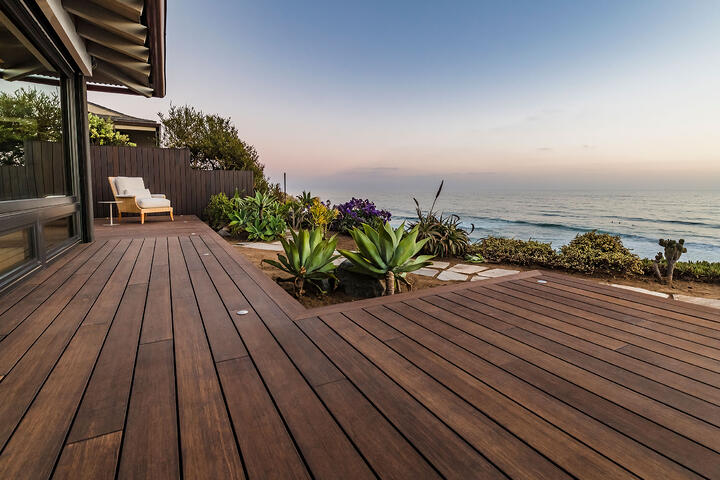 Browse through the bamboo decking reviews based on key features such as sustainability, stability, durability and appearance.