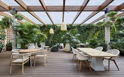 A green rooftop terrace in the heart of Barcelona